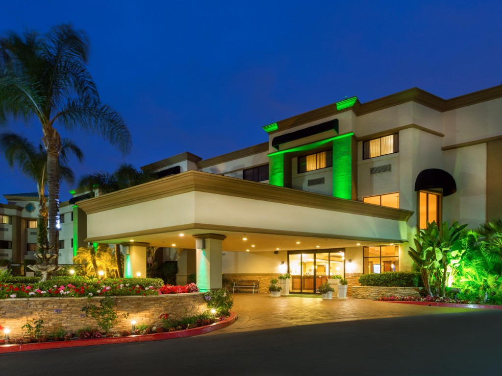 holiday-inn-santa-ana-4018464534-4x3